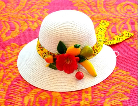 סדנה להכנת כובע באוירה  טרופית